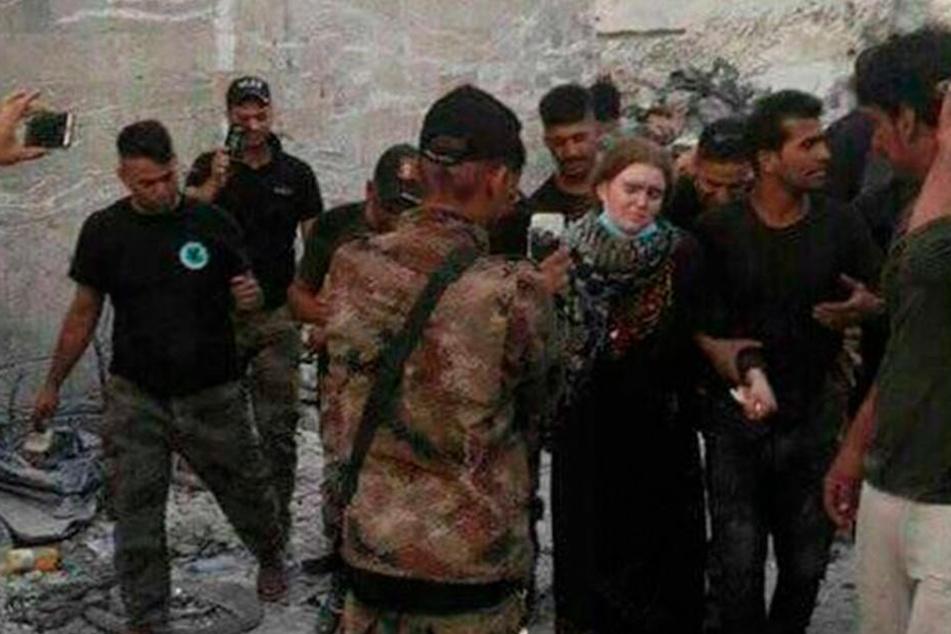 Linda W. bei ihrer Festnahme im Juli in Mossul.