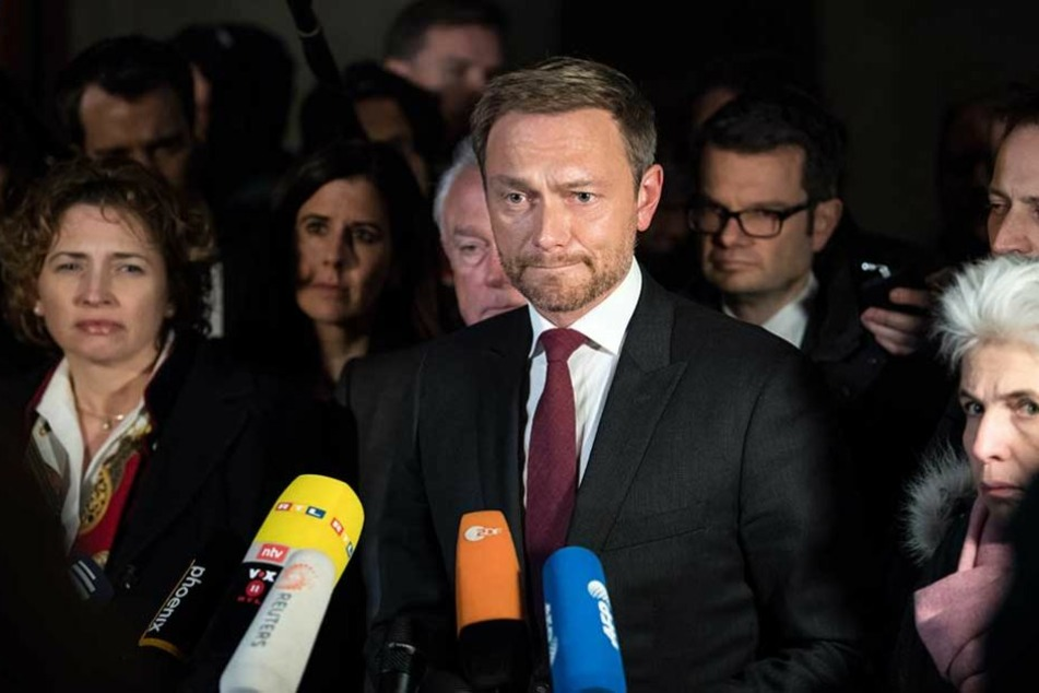 Christian Lindner tritt vor die Presse und erklärt den Ausstieg aus den Sondierungsgesprächen.