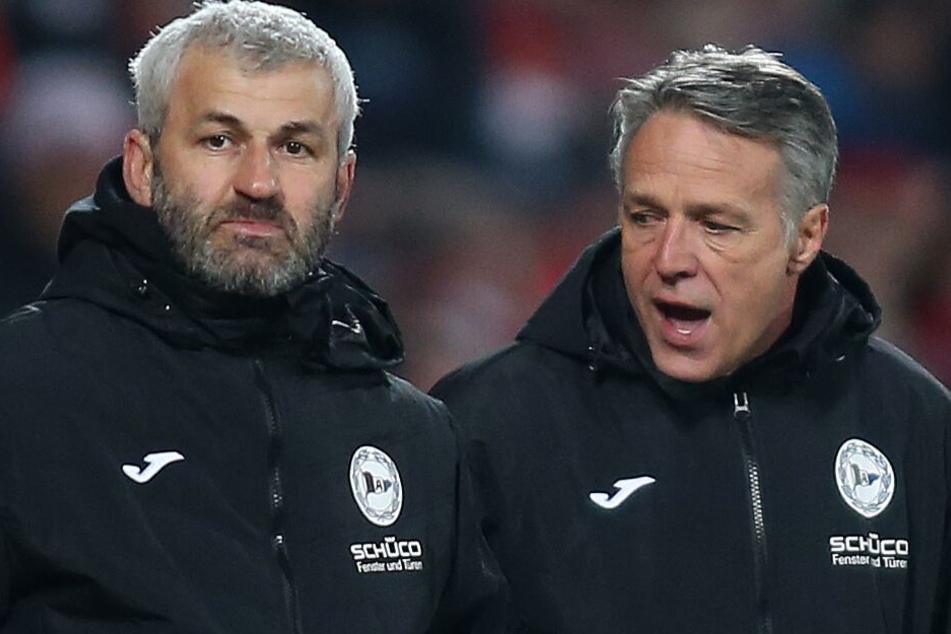 DSC-Coach Uwe Neuhaus (r.) hat derzeit Stürmer-Sorgen.