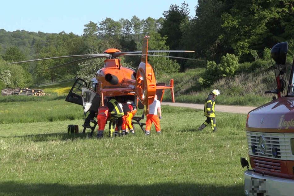 Zwei Männer kamen schwerverletzt in eine Klinik.