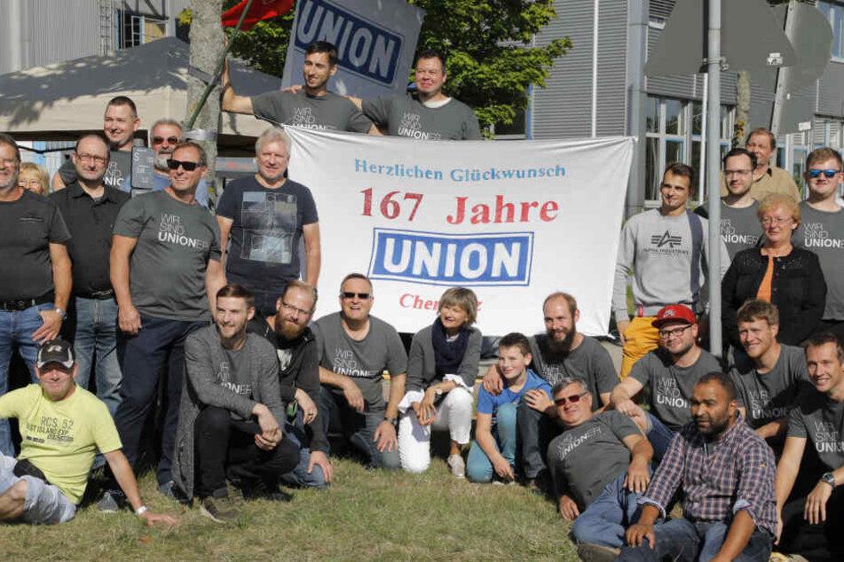 Chemnitz: Feier zum Firmenjubiläum gegen drohende Union-Werksschließung
