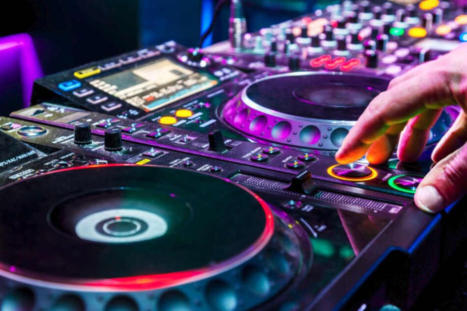 Zum DJ-Job gehört heute neben dem Auflegen auch das Komponieren.
