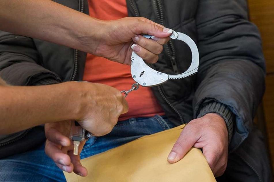Der 42-Jährige muss sich vor dem Landgericht Berlin verantworten (Symbolfoto)