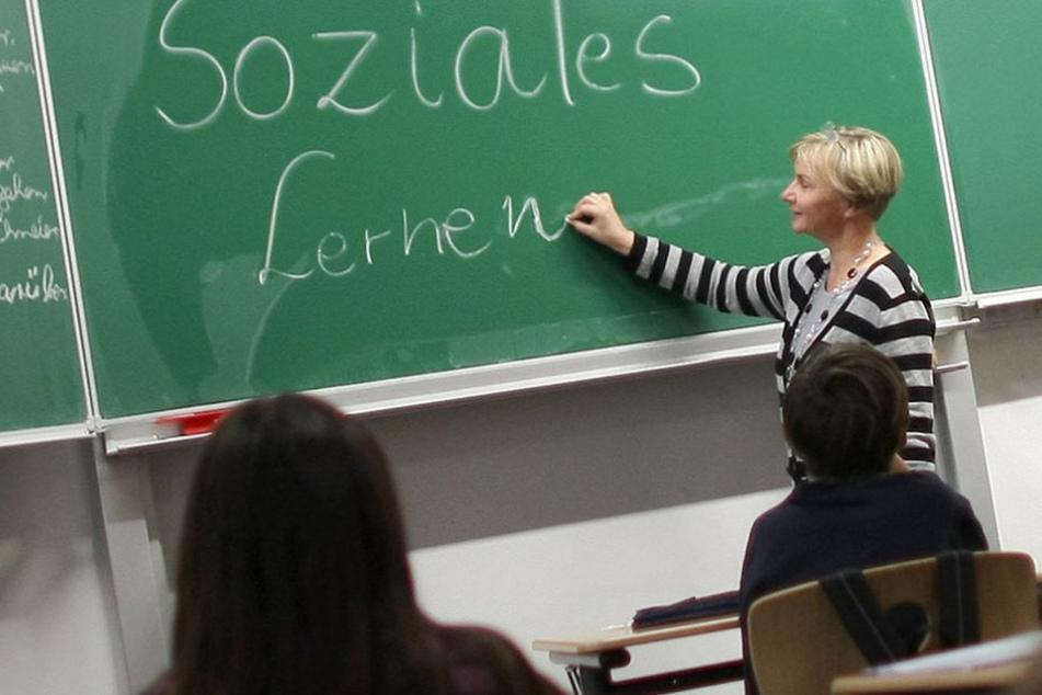 In einer Online-Befragung sollen Berliner Lehrer ihre sexuelle Orientierung mit angeben. (Symbolbild)