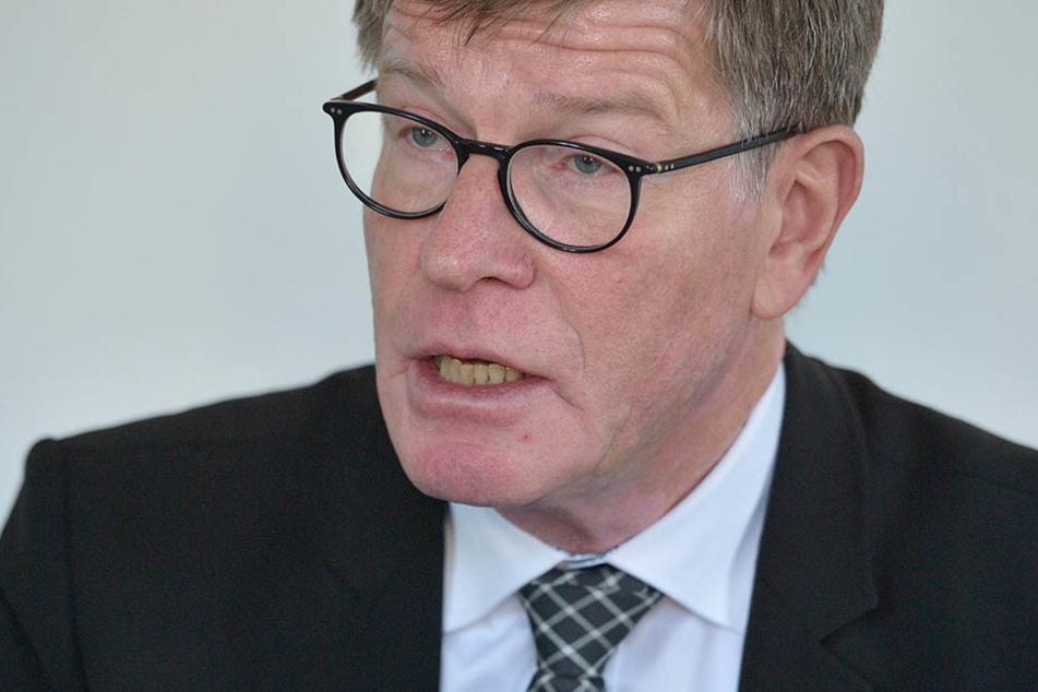 Chemnitz hat keine Zugbehandlungsanlage, so Eckart Fricke (59),  Konzernbevollmächtigter der Deutschen Bahn.