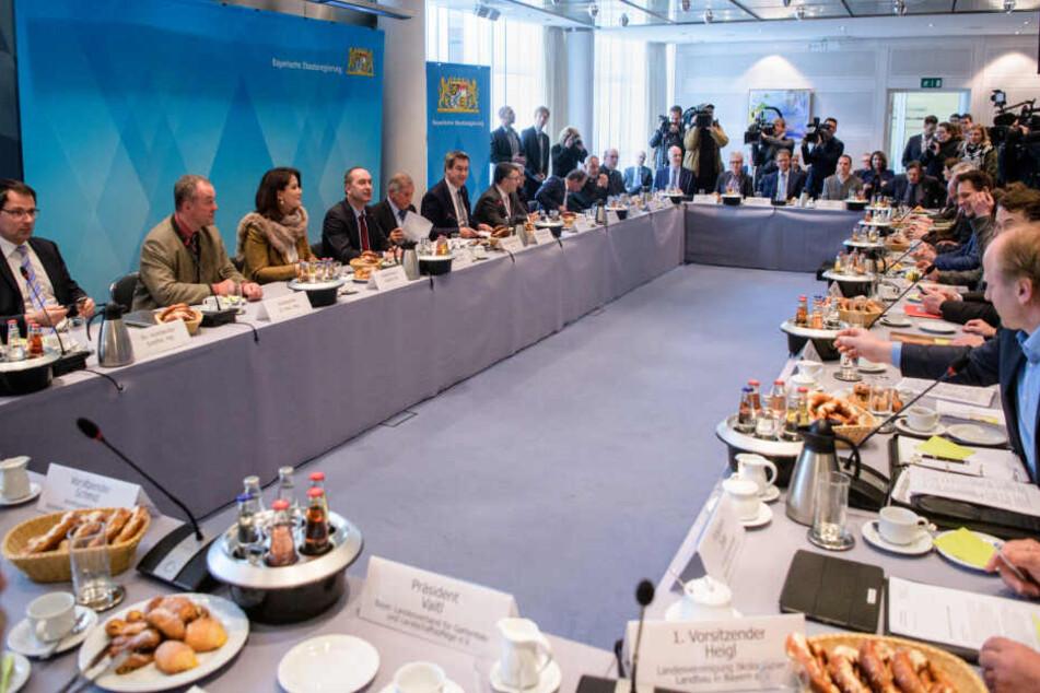 Der Runde Tisch zum Thema Artenschutz in Bayern geht in die zweite Runde.