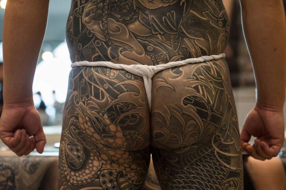 Erstaunlich! So beeinflussen Tattoos die Schweißproduktion