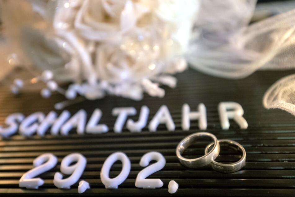 Mit dem Schaltjahr 2020 kann man den Hochzeitstag am 29.02 nur alle vier Jahre feiern.