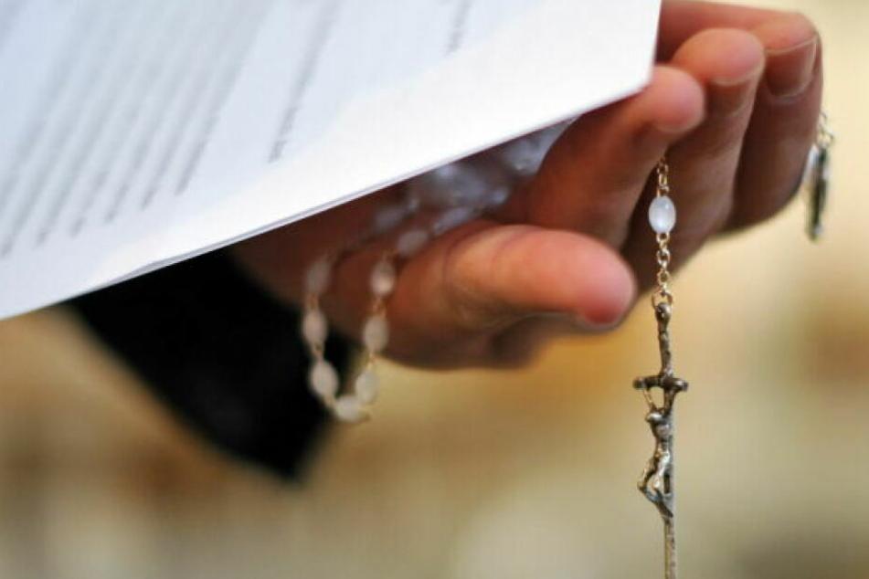 Das Bistum Münster bestritt die Vorwürfe gegen den Priester. (Symbolbild)
