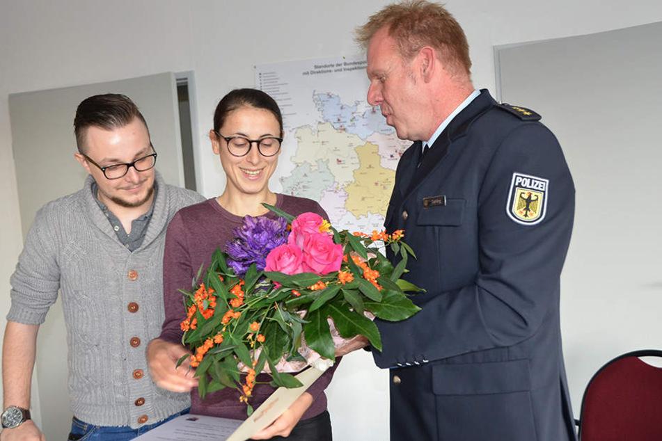Polizeidirektor Ralf Gehling empfing das Pärchen.
