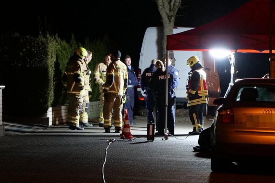 In dem Wohngebiet Kaukenberg fanden Einsatzkräfte die zwei blutüberströmten Familienmitglieder.