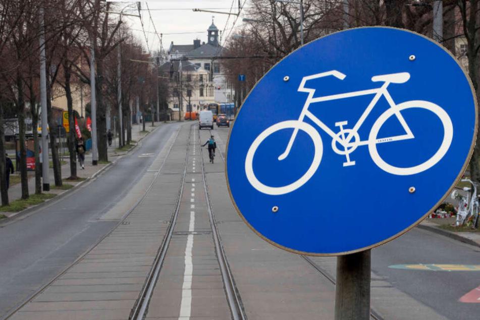 Dresden: Tödlicher Raser-Unfall: Hätte ein Radweg die Radlerin retten können?