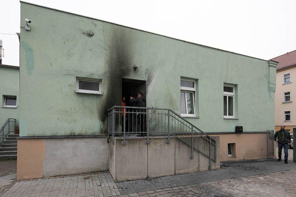Eva Maria Stange brachte die NPD mit einer Aussage in Verbindung mit dem Anschlag auf die Dresdner Moschee.