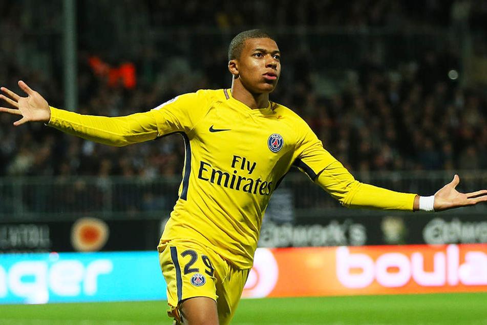 Ist sowohl bei Paris Saint-Germain, als auch in der französischen Nationalmannschaft ein absoluter Leistungsträger: Kylian Mbappé.