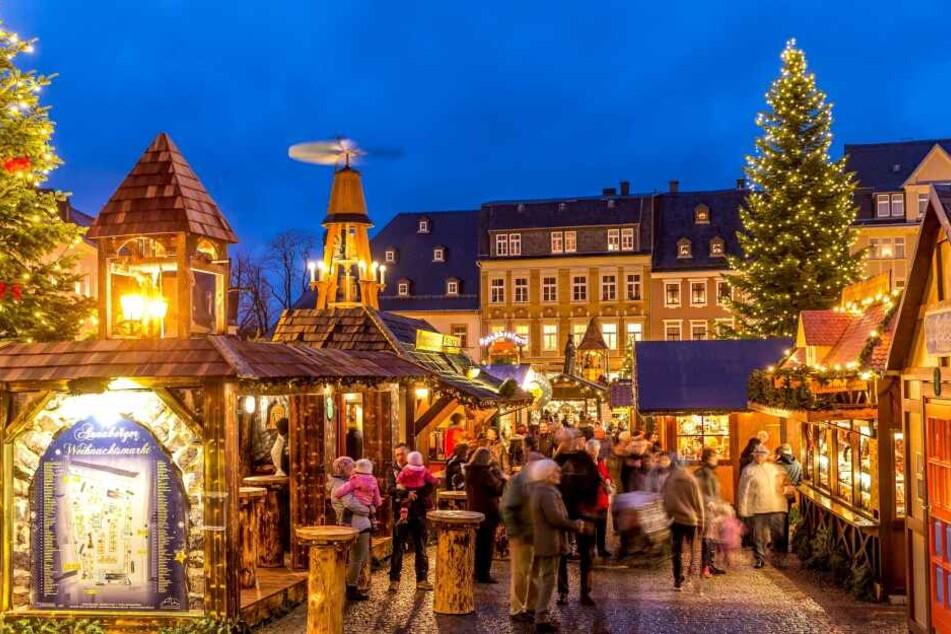 Frau bestohlen! Diebe treiben auf dem Annaberger Weihnachtsmarkt ihr Unwesen