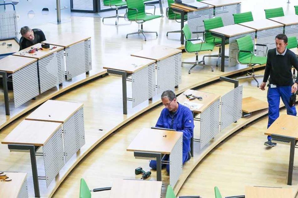Wegen der Spaltung der AfD-Fraktion mussten die Sitze im Landtag umgebaut werden.