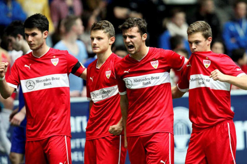 Fabian Eisele (l.) und Joshua Kimmich spielten zusammen in der Jugend des VfB Stuttgart.