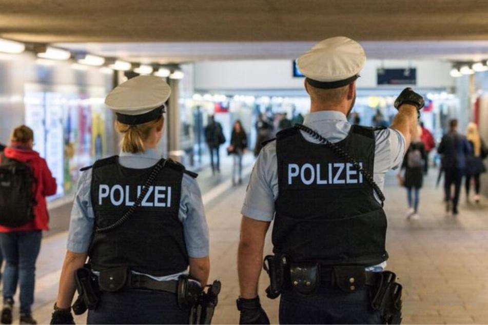 Ehrliche Finder gaben bei der Bundespolizei am Münchner Ostbahnhof große Geldbeträge ab. (Symbolbild)