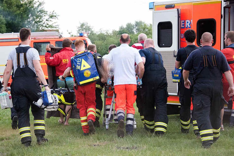 Rettungskräfte brachten das Kleinkind in ein Essener Krankenhaus. (Symbolbild)