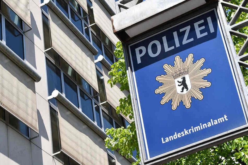 Immer mehr Anzeigen gegen beim Landeskriminalamt in Berlin ein.