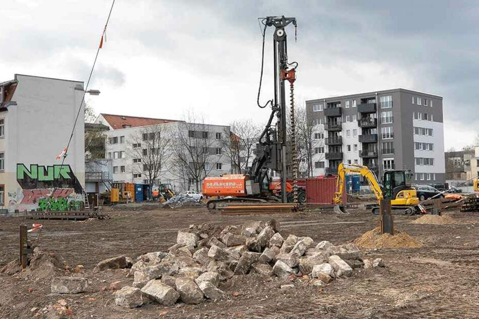 An der Weißeritzstraße/Ecke Friedrichstraße haben die Bauarbeiten inzwischen begonnen.