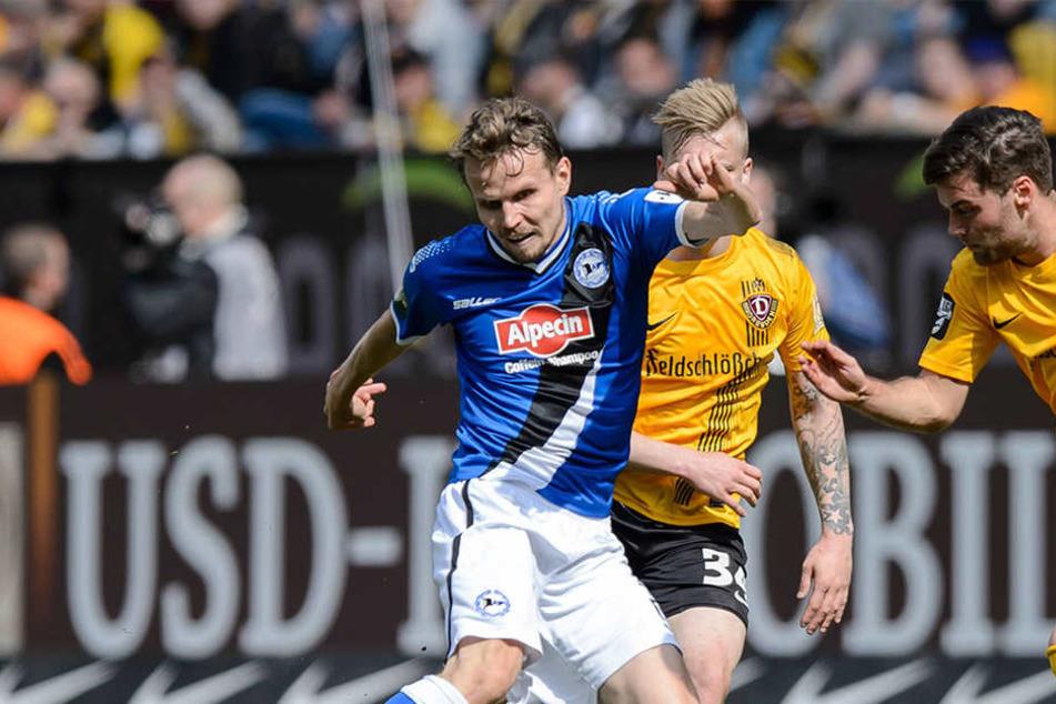 Auf beiden Seiten unvergessen: Der 34. Spieltag in der Saison 2013/14. Arminia besiegte Dynamo mit 3:2.