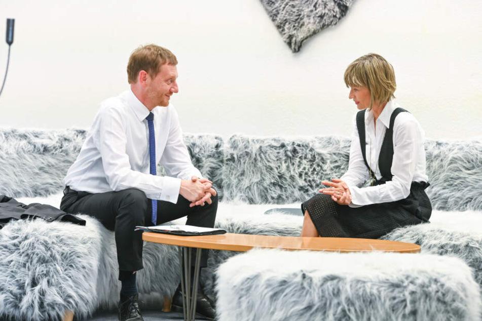Auf gute Zusammenarbeit: OB Barbara Ludwig (57, SPD) und Ministerpräsident Michael Kretschmer (44, CDU) demonstrieren Einigkeit.