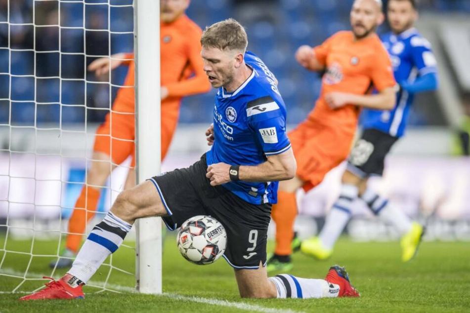 Fabian Klos schoss gegen Aue sein erstes Tor nach der Vertragsverlängerung.