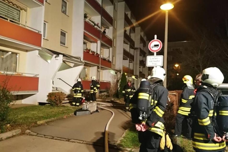 Gleich zweimal musste die Feuerwehr in einer Nachbarschaft anrücken.