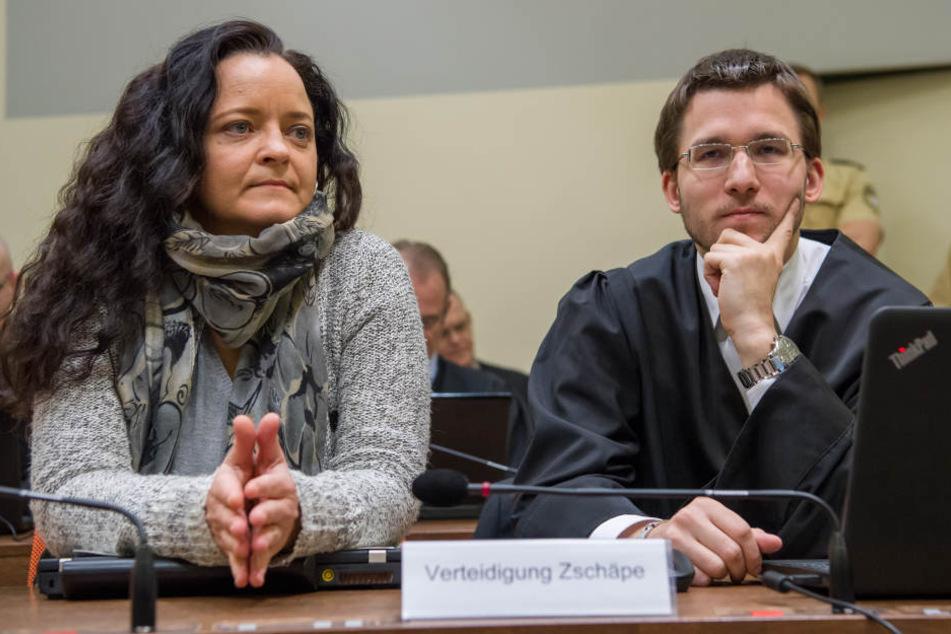 Beate Zschäpe mit ihrem Anwalt Mathias Grasel.