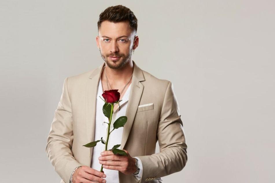 """Gewinner und Projektingenieur Keno (28) bekam die letzte Rose der diesjährigen """"Bachelorette"""" Gerda (26)."""