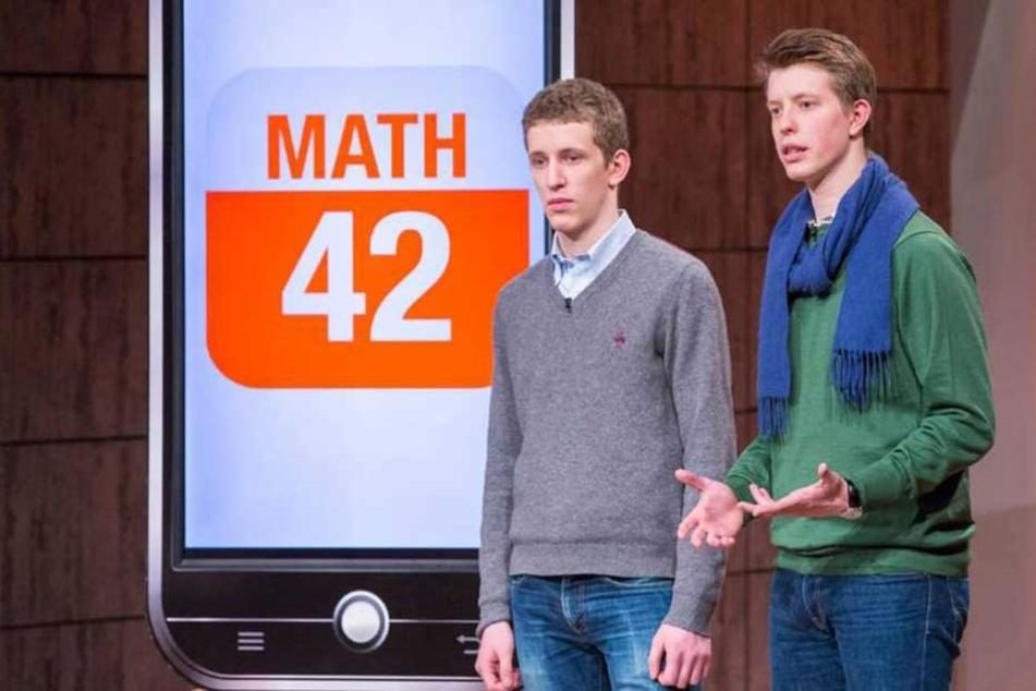 """Maxim und Raphael Nitsche vor zwei Jahren in der Vox-Sendung """"Die Höhle der Löwen""""."""