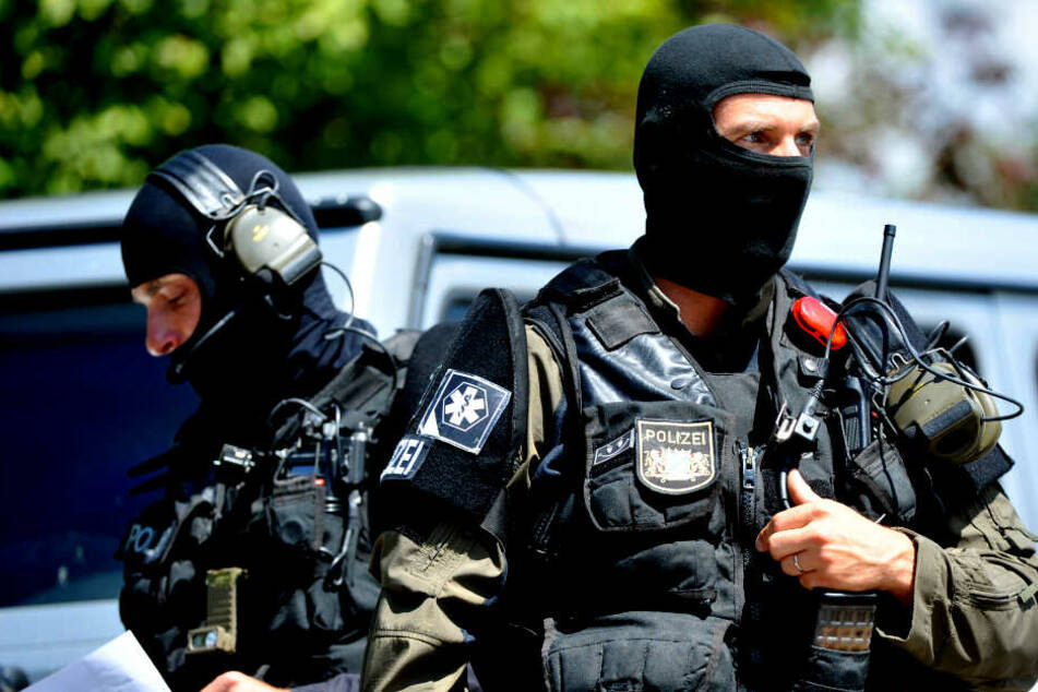 Die Polizei rückte mit Spezialkräften an. (Symbolbild)