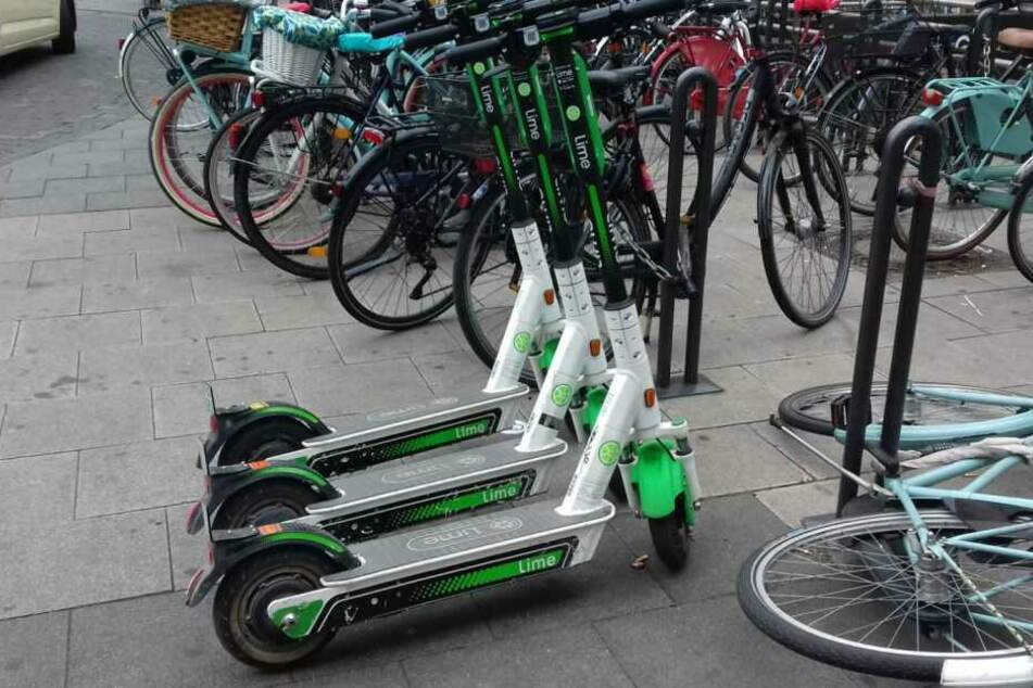 Leih-E-Scooter findet man in Köln an vielen Stellen.