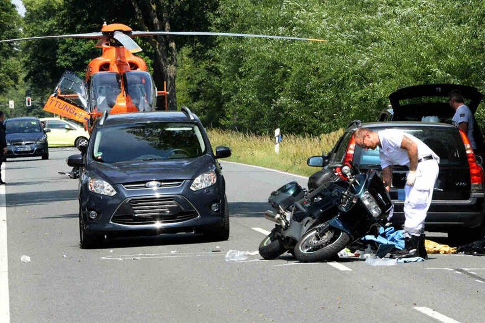 Das Motorrad blieb entgegengesetzt der Fahrtrichtung liegen.