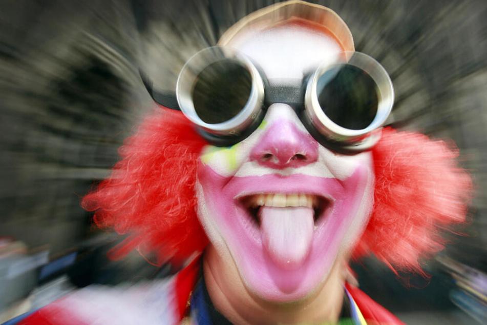 Ein Clown sollte angeblich eine 20-Jährige umgebracht haben. (Symbolbild)