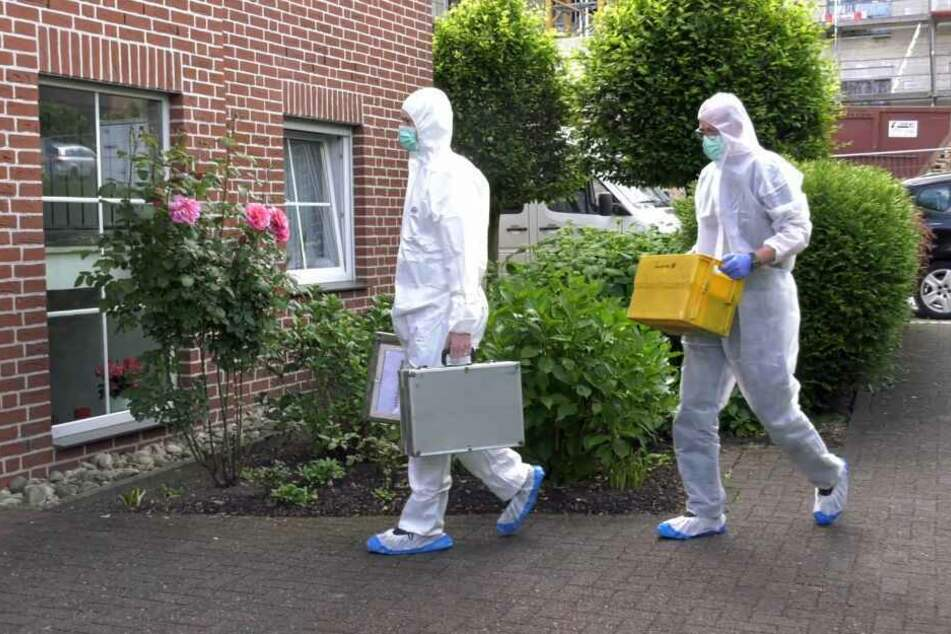 Die Spurensicherung untersuchte den Tatort.