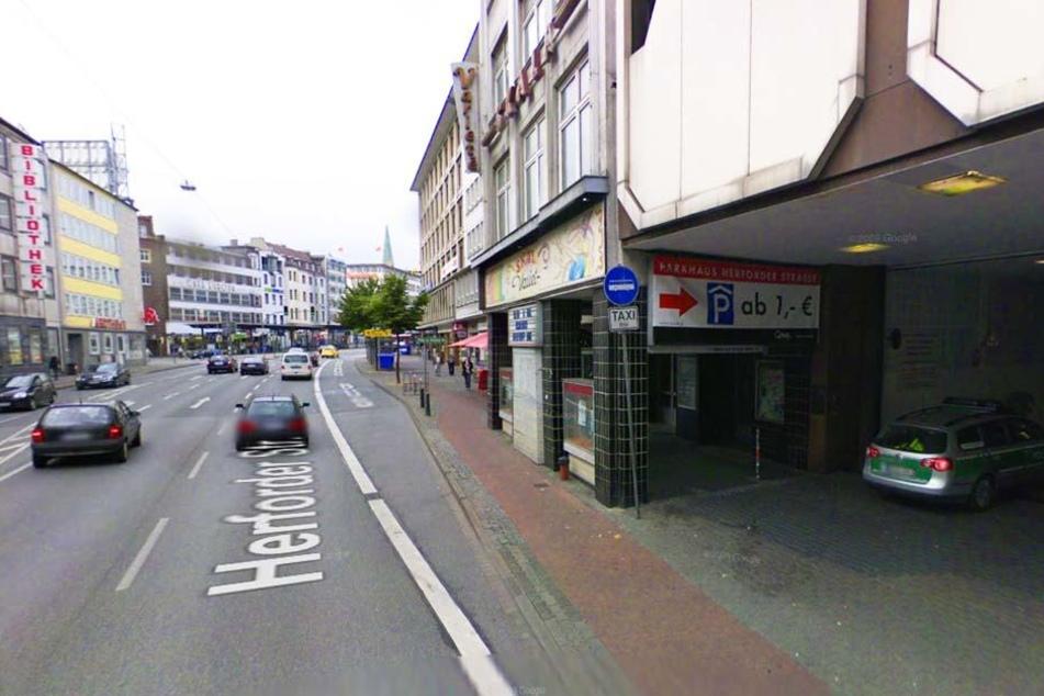 Und auch, wenn man zum Jahnplatz fährt, wird Bielefeld erst mal nicht schöner.