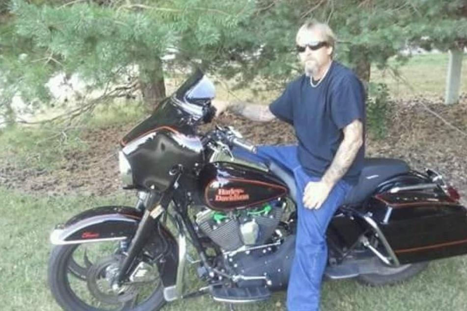 Greg Manteufel ist ein leidenschaftlicher Biker. Nun hat er keine Beine und Hände mehr.