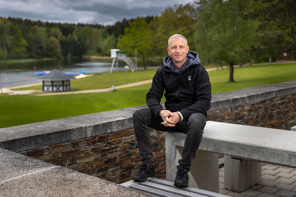 """Die frühere Hochburg der HipHop-Szene: """"Splash""""-Mitbegründer Mirko Roßner (48) am Stausee Oberrabenstein."""