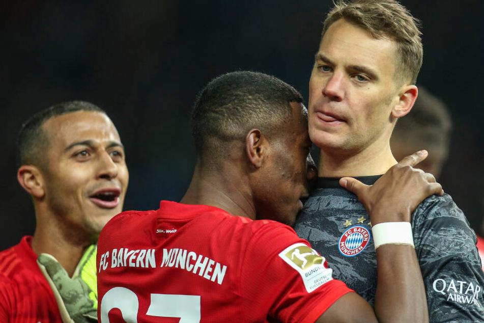 Bayern-Keeper Manuel Neuer nach dem Kantersieg gegen Hertha BSC. Jubel sieht anders aus.