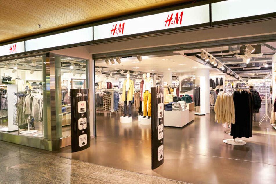Ein H&M-Geschäft in Zürich - bislang noch ohne Verleihservice.