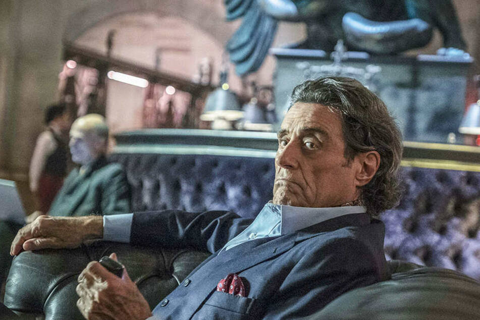 Winston (Ian McShane) steht John Wick in schweren Zeiten zur Seite.