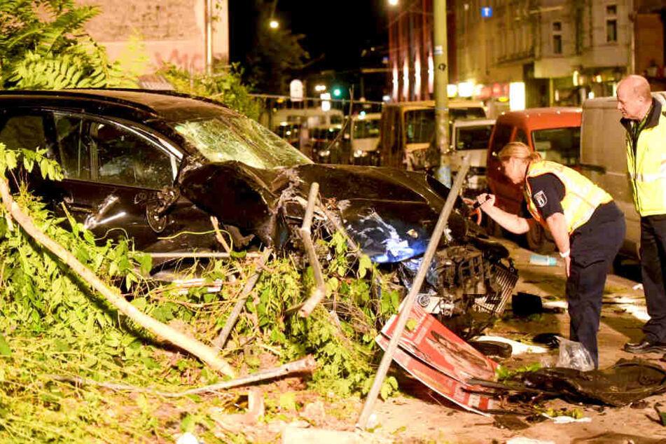 Horror-Unfall in Berlin: Medizinischer Notfall Schuld?