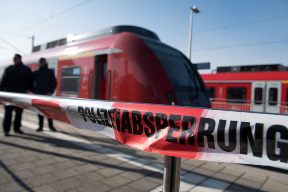 Der Bahnhof musste gesperrt werden. (Symbolbild)