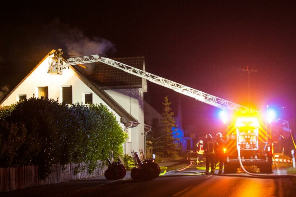 Feuer in Asylheim: Bewohner wird nach Brand festgenommen