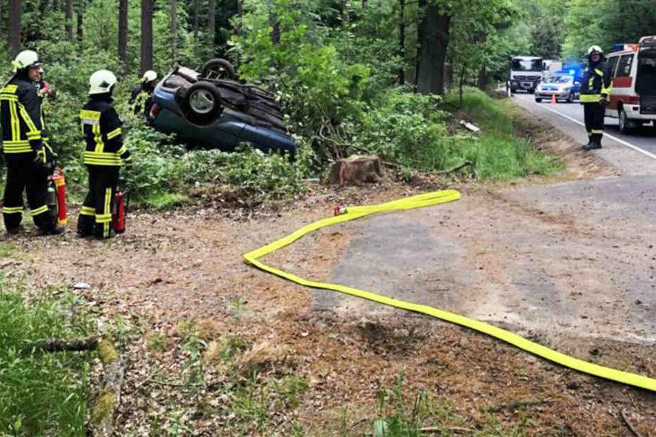 Der Toyota wurde bei dem Unfall erheblich beschädigt.
