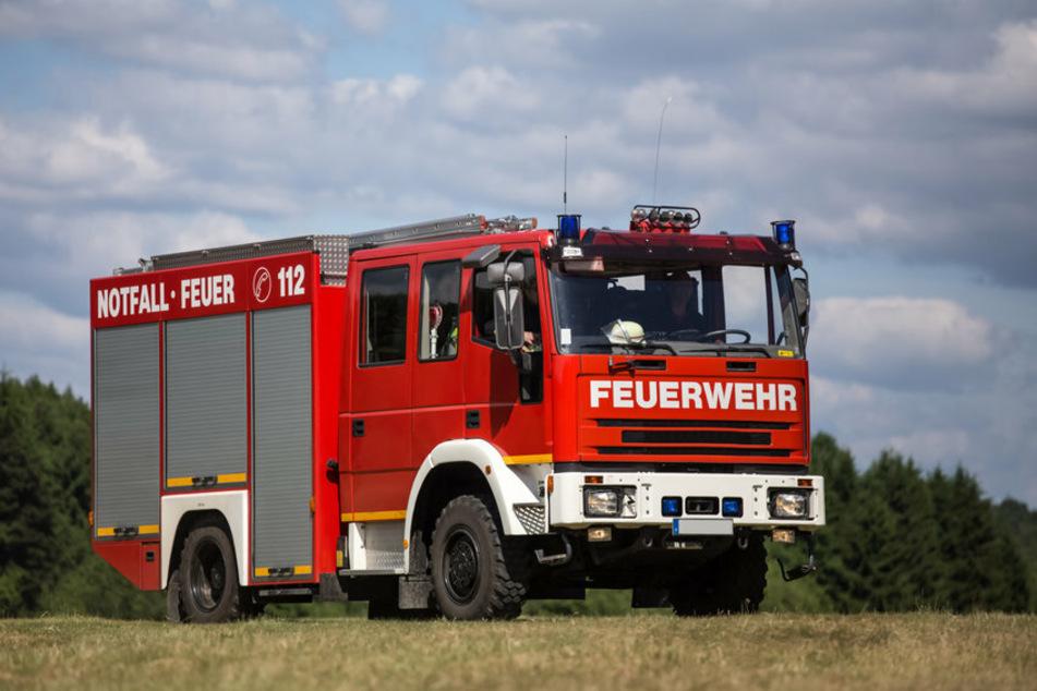 Die Feuerwehr wollte nur helfen und Sandsäcke in Graitschen verteilen, doch ein Mann hatte zunächst andere Pläne. (Symbolfoto)