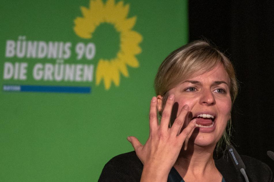 Grünen-Politikerin isst Eis im Urlaub und kassiert dafür Shitstorm