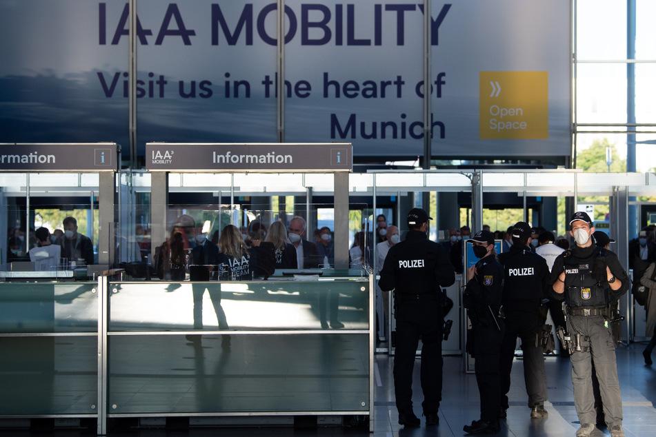 IAA-Gegner planen Protest und Blockaden: Polizei rechnet mit größtem Einsatz in 20 Jahren